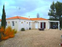 houses and homes for sale inSaint Genis De StongeCharente-Maritime Poitou-Charentes
