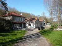 French property, houses and homes for sale inMonbalenLot-et-Garonne Aquitaine