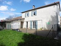 French property for sale in Moulinet, Lot-et-Garonne - €142,800 - photo 2