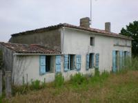 Maison à vendre à Saint Andre De Lidon en Charente-Maritime - photo 2