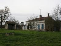 Maison à vendre à Saint Andre De Lidon en Charente-Maritime - photo 3