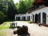 French property, houses and homes for sale inMiremontPuy-de-Dôme Auvergne