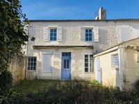 houses and homes for sale inCozesCharente-Maritime Poitou-Charentes