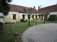 French property for sale in Marigne Laille, Sarthe - €286,200 - photo 10