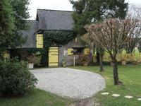 French property for sale in Marigne Laille, Sarthe - €286,200 - photo 2